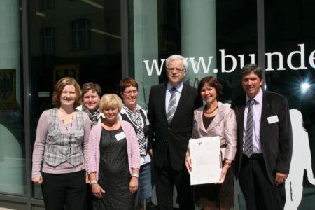 3. Zertifikat und 2. Reauditierung 2010 mit Dr. Kues, parlam. Staatssekretär a.D. im Familienministerium