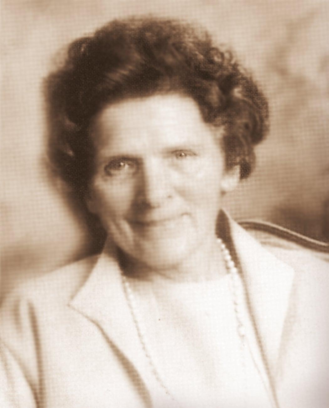 Erna Knollenborg Ehefrau von Erich Knollenborg